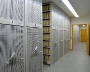 Blick in die heutigen Archiväume des Stadtarchivs im Untergeschoss des Bürogebäudes 'In der MAG'